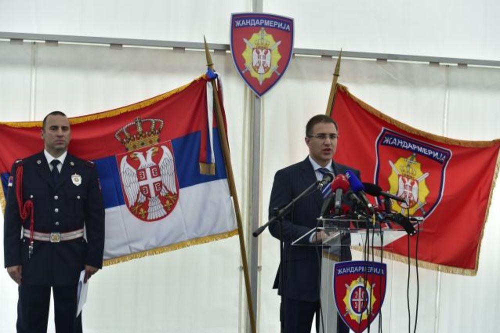 STEFANOVIĆ: Građani su bezbedni, policija neće dozvoliti da budu laka meta