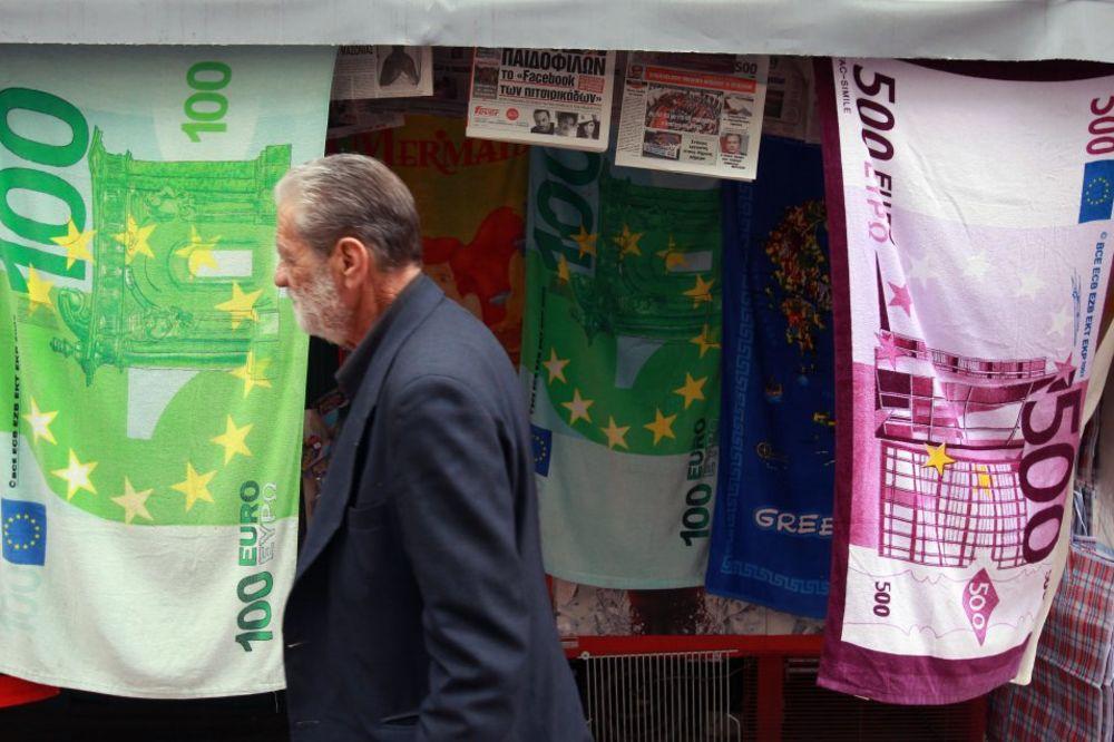 GRČKA PRED SUNOVRATOM: Bankomati bez novca, prazni rafovi u prodavnicama