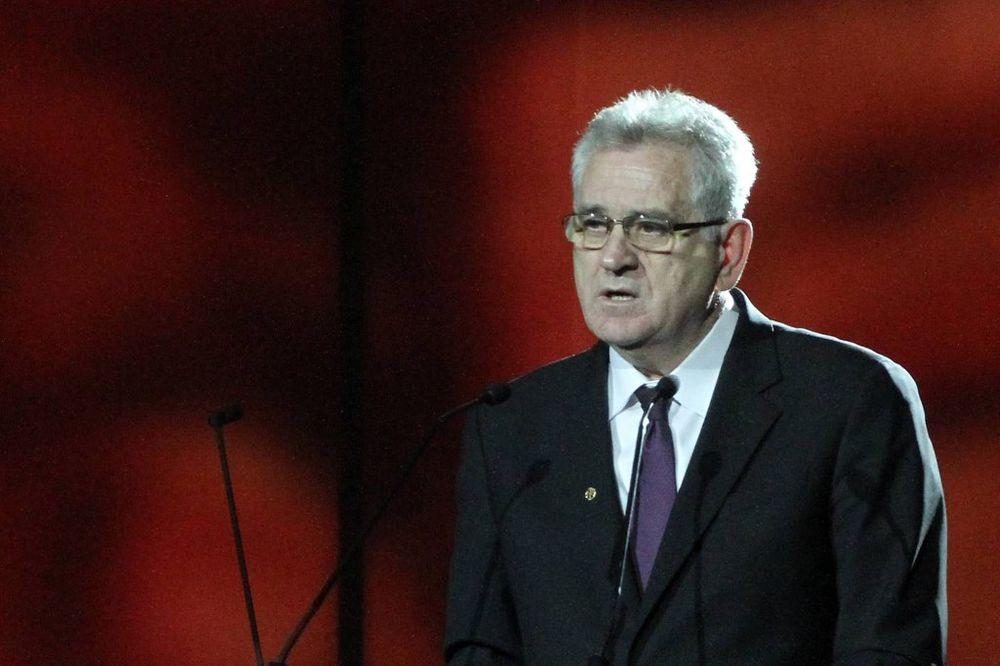 KABINET PREDSEDNIKA: Nikolić spreman da ode u Srebrenicu