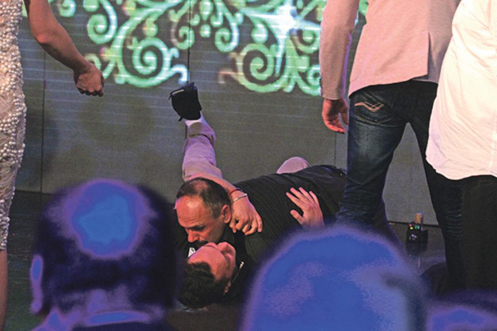 INCIDENT PRE MALDIVA: Zmaj od Šipova opet tukao Gastoza!