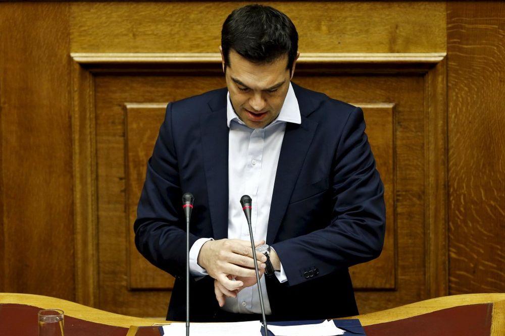 FAJNENŠEL TAJMS: Aleksis Cipras pristao na uslove EU