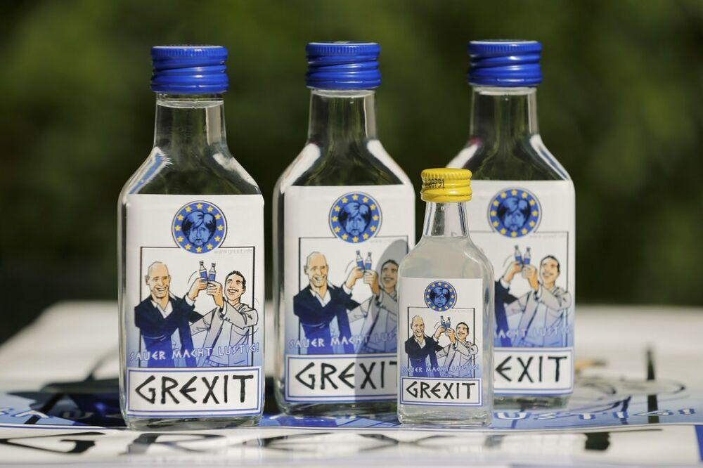 KAD TI ŽIVOT SERVIRA LIMUN: Nemac iskoristio grčku krizu da lansira votku Gregzit