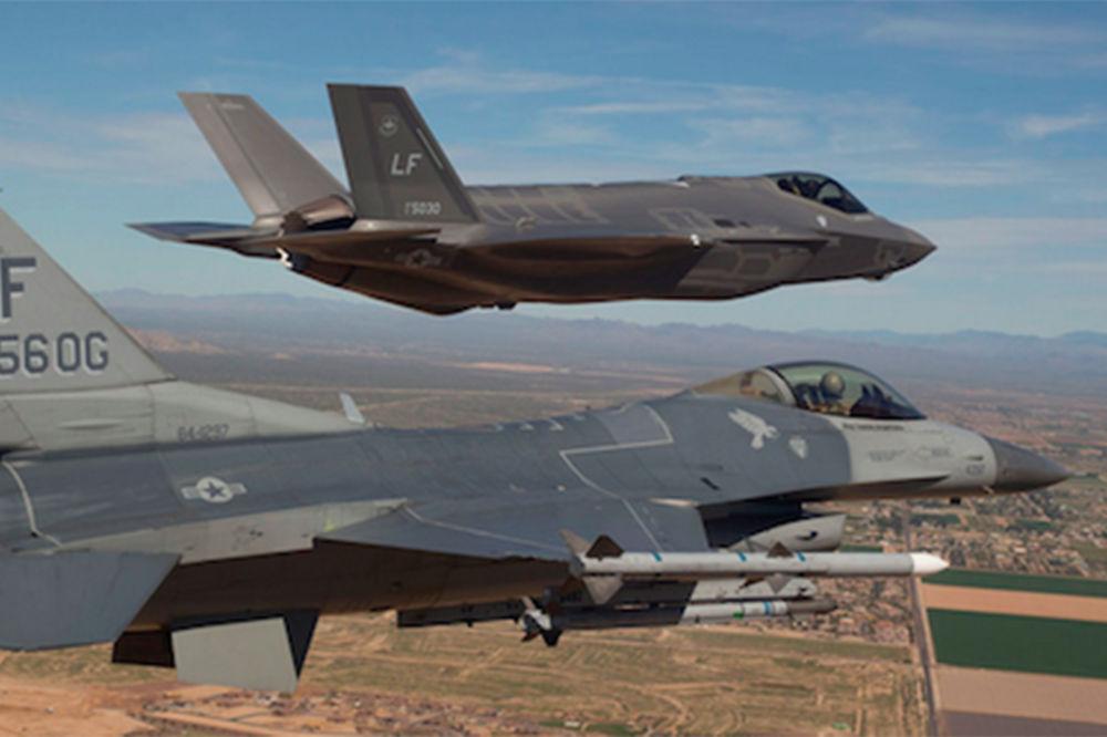 TOTALNI FIJASKO NAJSKUPLJEG LOVCA NA SVETU Test-pilot F-35: Ovo je strašno, nema smisla pokušavati