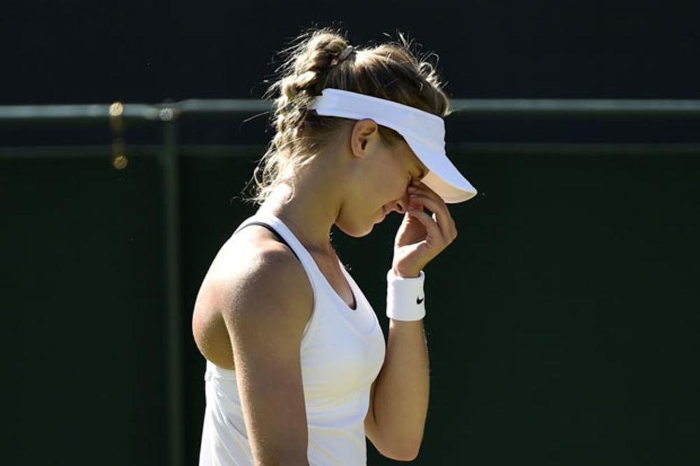 (FOTO) LEPA EŽENI DIGLA BRITANIJU NA NOGE: Kanadska teniserka kažnjena jer nije nosila beli grudnjak