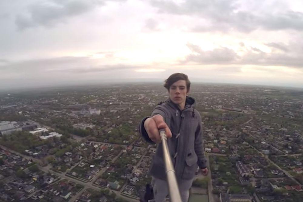 (VIDEO) OKRENUĆE VAM SE ŽELUDAC: Ovi tinejdžeri rade sulude stvari na visini od 150 metara