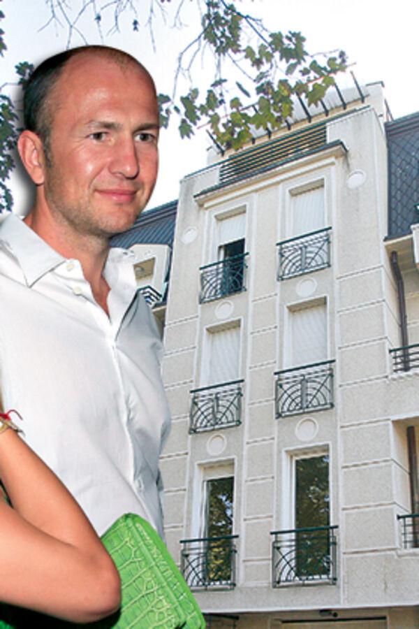 NAJBOGATIJA SRPKINJA U PANICI: Meljničenkova prodaje stan na koji je bačena bomba!