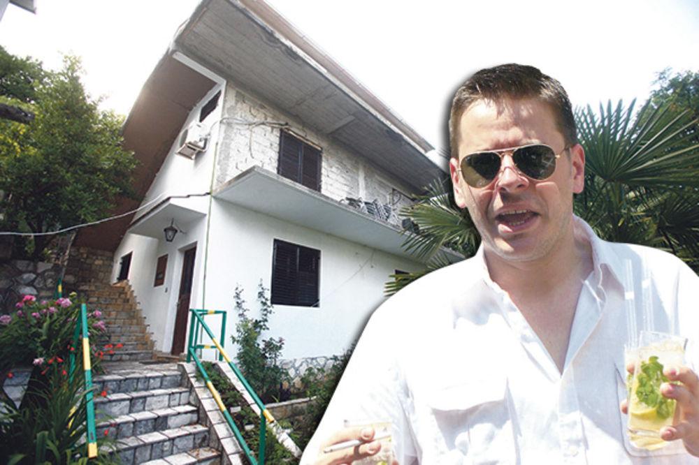 ZABRINUTI RODITELJI: Prodajemo kuću na moru da oženimo barba Vladu
