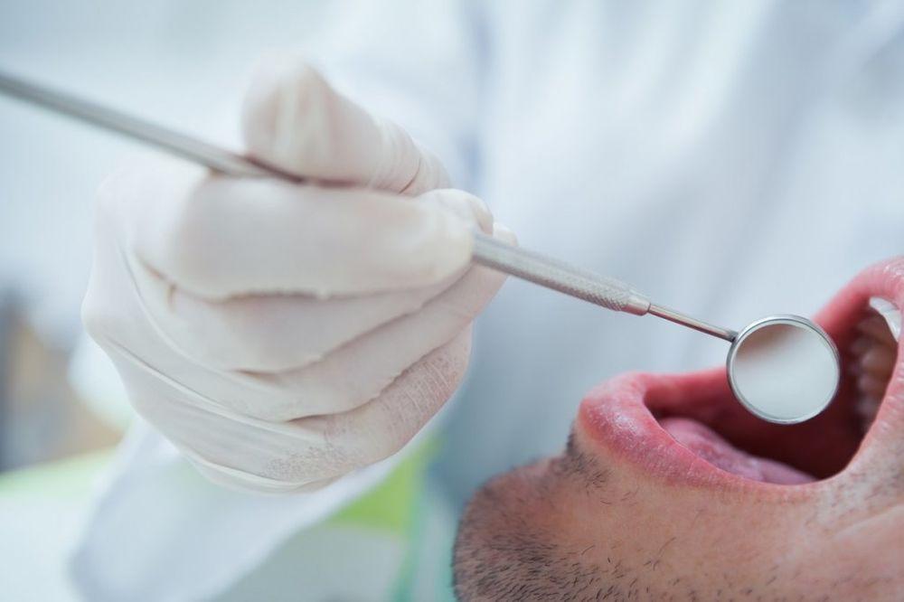 (VIDEO) ZUBARI IZ PAKLA: 12.000 Australijanaca prljavim instrumentima zarazili sidom i hepatititsom