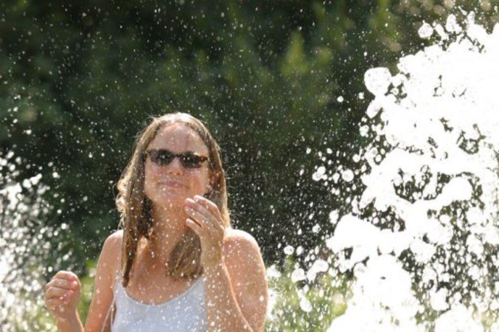 VEOMA SPARNO DANAS: Sunčano, veoma toplo, a ponegde pljuskovi