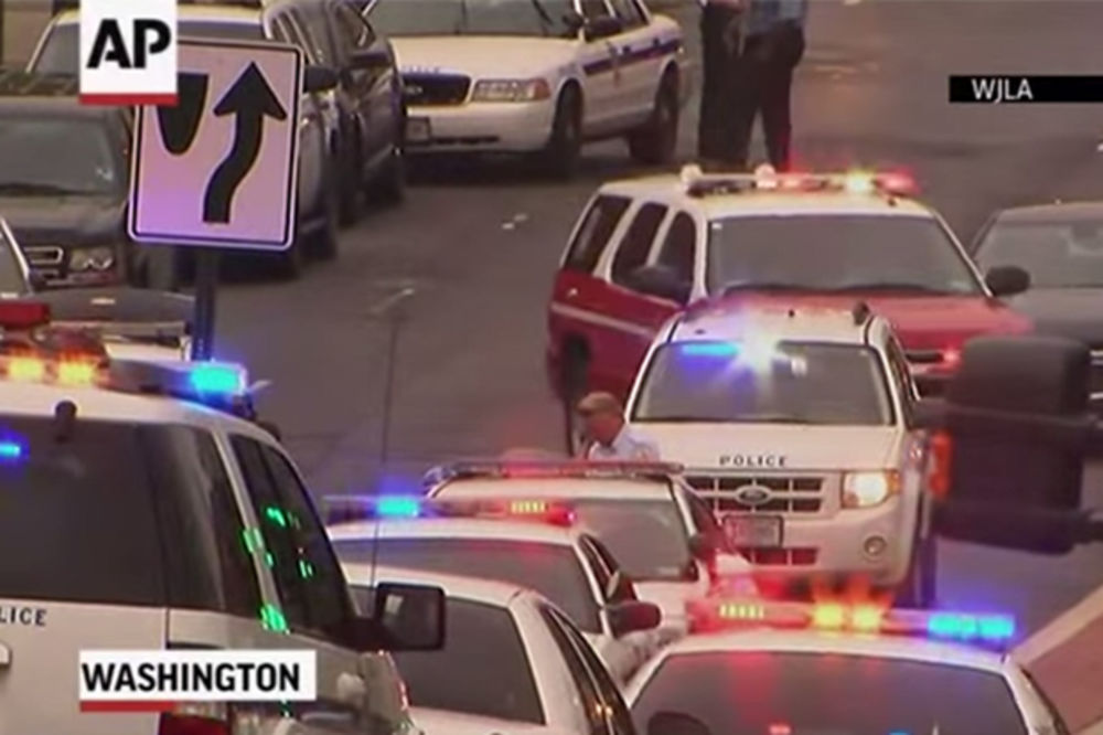 (VIDEO) LAŽNA PRIJAVA? Ni traga od napadača na centar vojne mornarice u Vašingtonu