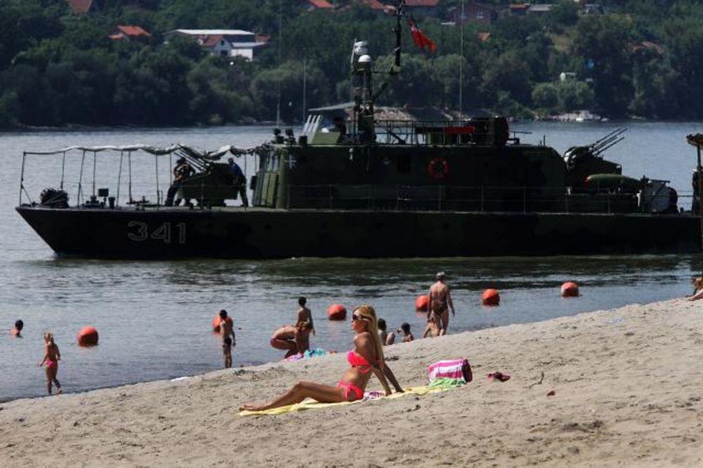 (FOTO) KAKO SE VI BORITE PROTIV VRUĆINE: Evo šta su Novosađani danas radili na plus 30