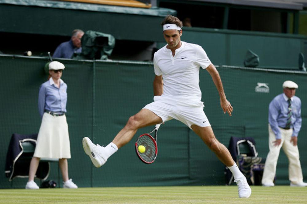 (VIDEO) MAJSTOR JE MAJSTOR: Pogledajte Federerov magičan lob kroz noge