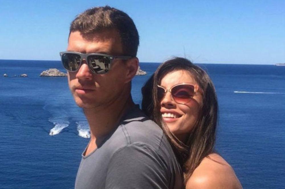 (VIDEO) EDIN I AMRA BAŠ UŽIVAJU: Džeko kupio ogromnu vilu u Dubrovniku