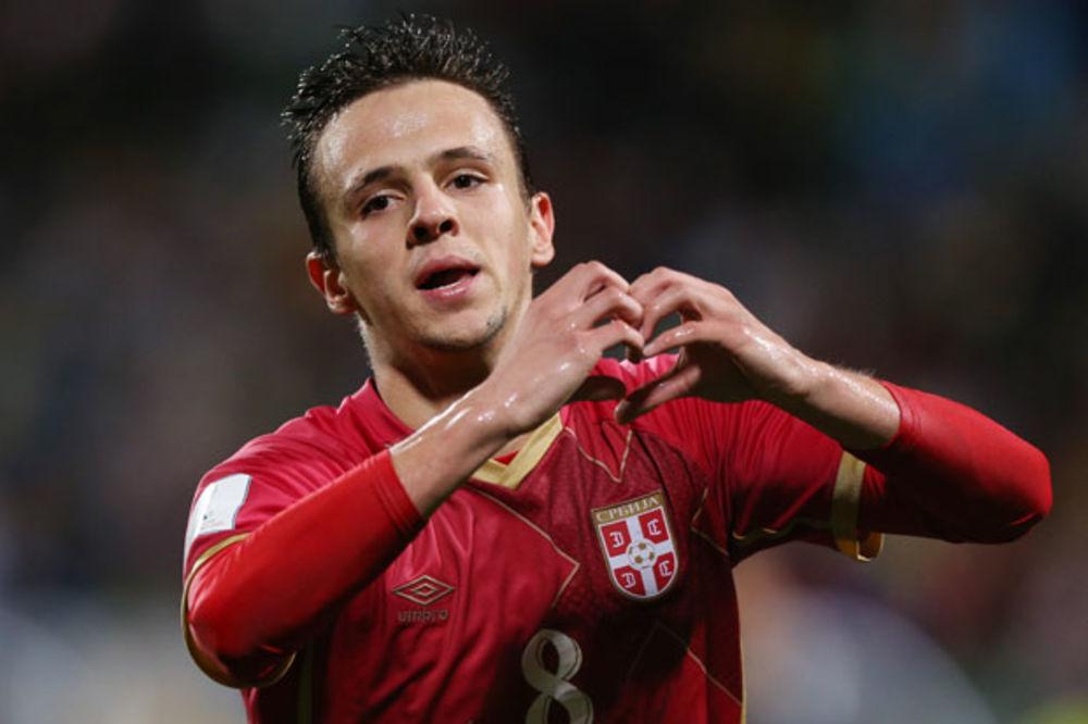 (FOTO) Doneo orlićima svetsku titulu, a pogledajte kako je srpski heroj dočekan u Kazahstanu!