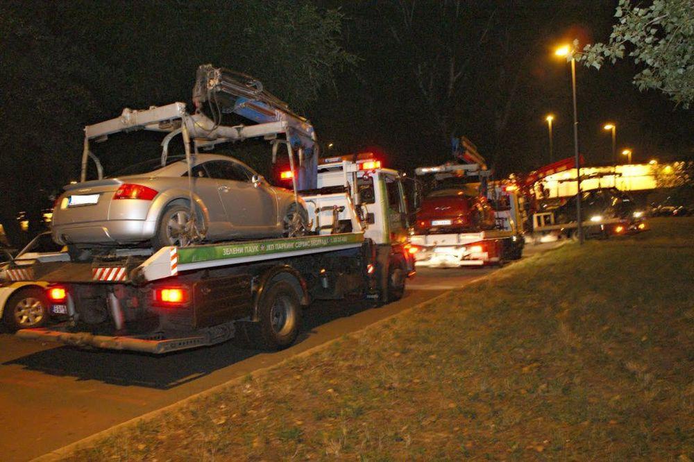 (FOTO) TEŠKA NOĆ ZA BAHATE VOZAČE: Pauk uklonio više od 40 limuzina sa beogradskih ulica