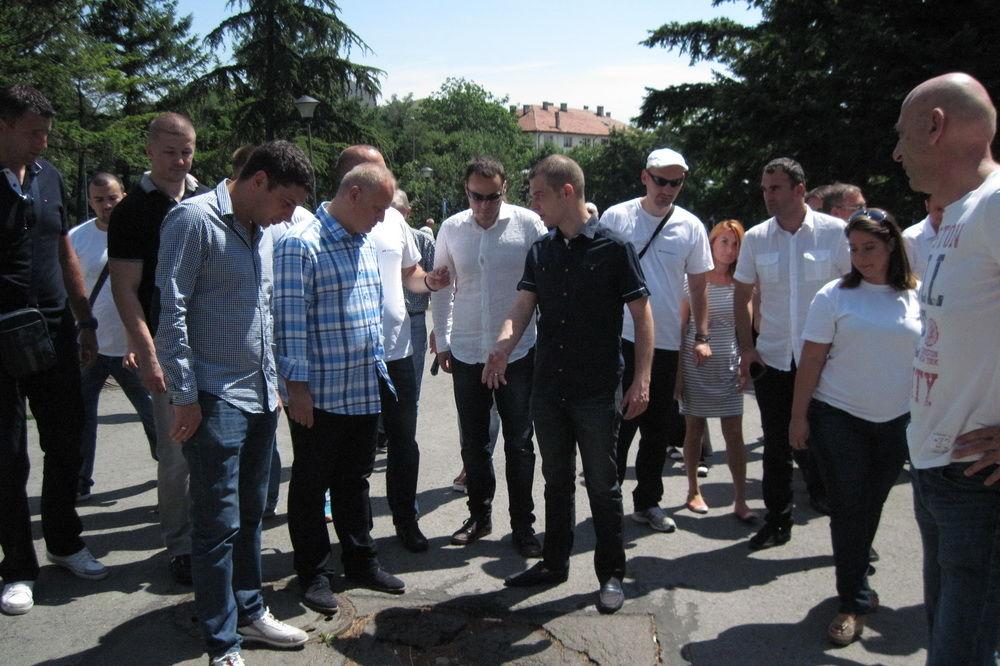 FOTO VESIĆ U NASELJU RUDO: Uskoro rešenje problema stanara Istočne kapije Beograda