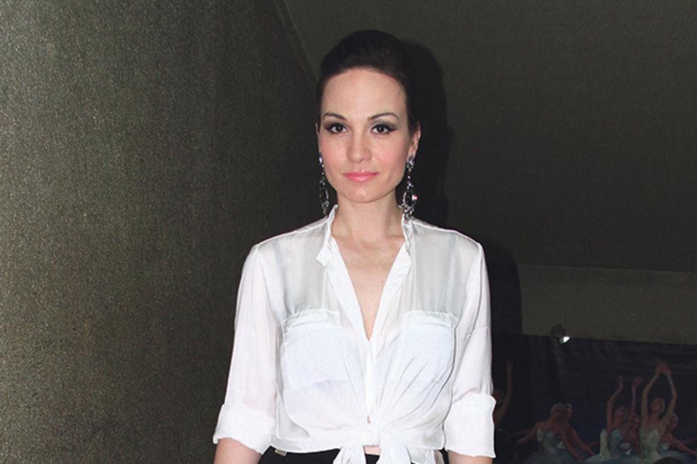 PODRŠKA ZA DRUGI ALBUM: Jelena dobila pesmu od Sergeja
