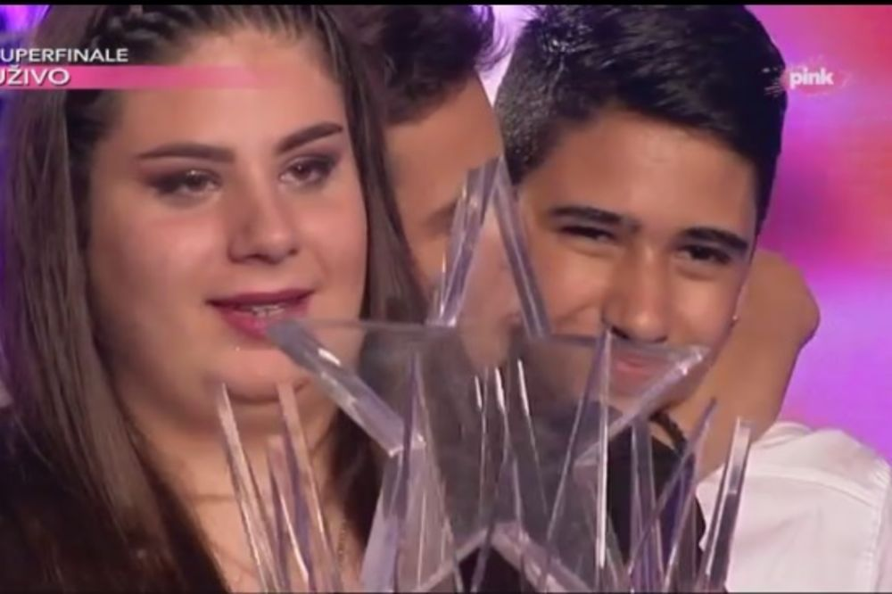 (VIDEO) SUZE I SMEH ZA KRAJ: Marija Serdar (13) je prva Pinkova zvezdica!