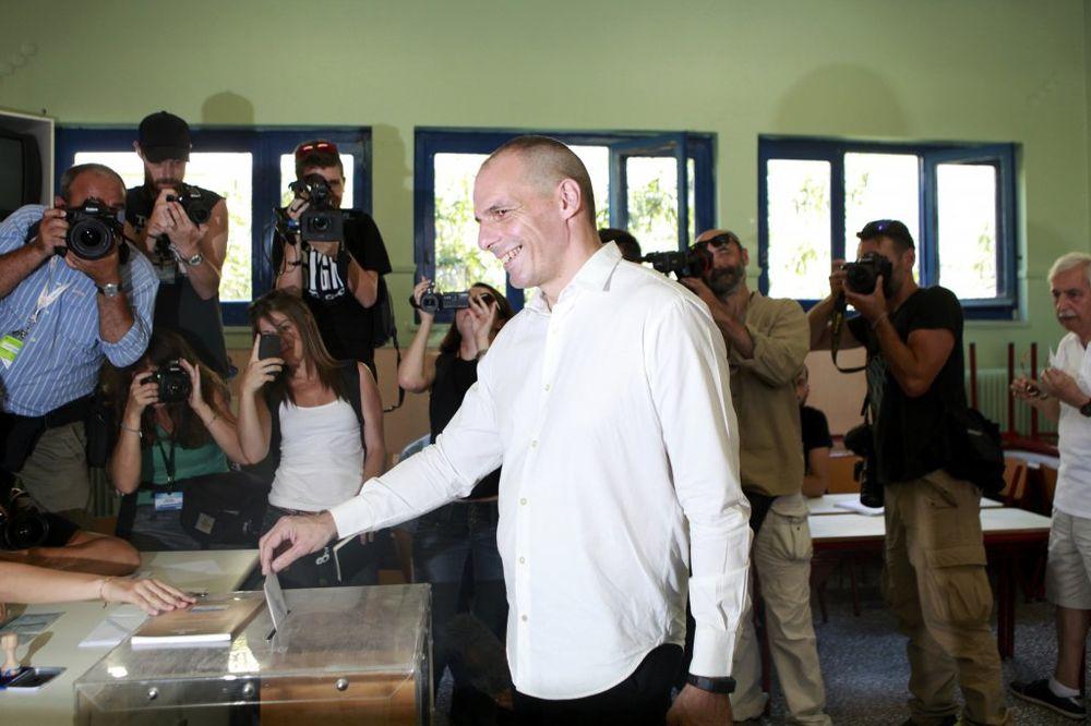 (VIDEO) VARUFAKIS GLASAO: Grci će reći svoje o ultimatumu kreditora