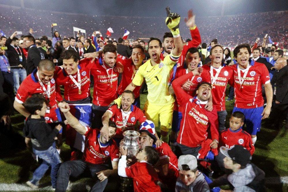 (VIDEO) OTKRIVENA TAJNA USPEHA: Čileanci osvojili Kopa Amerika zahvaljujući Plejstešnu
