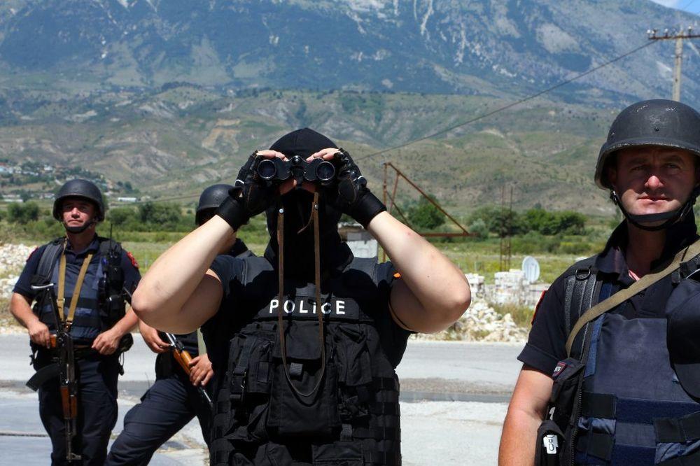 UBIJENI ZBOG DŽIPA: Albanac ubio dvoje čeških turista hicima u glavu iz kalašnjikova