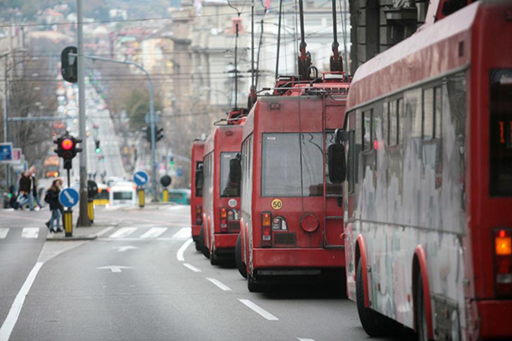 BEOGRAĐANI IZABRALI: Svi autobusi i trolejbusi biće crvene boje