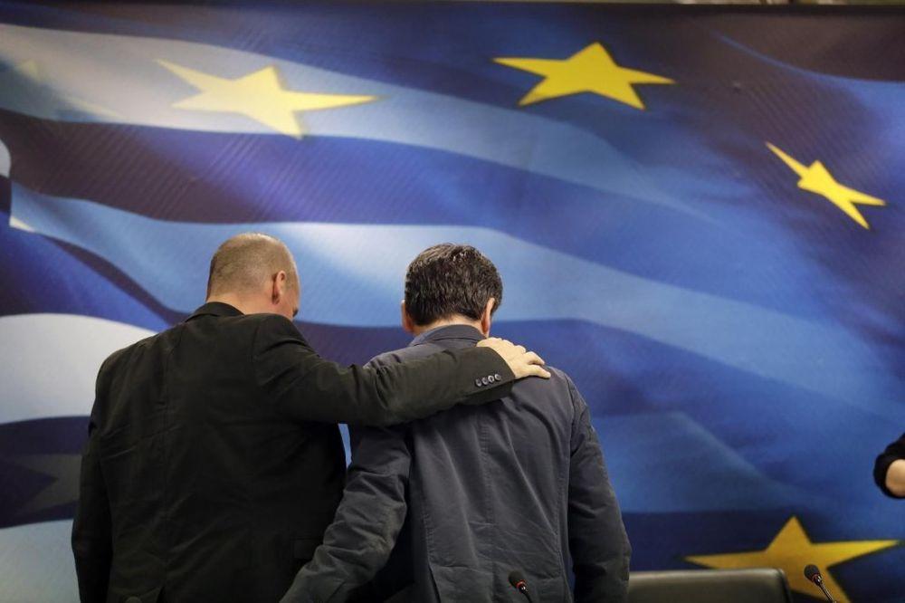 VARUFAKIS UPOZORAVA: Uslovi nametnuti Grčkoj doveli su Hitlera na vlast u Nemačkoj