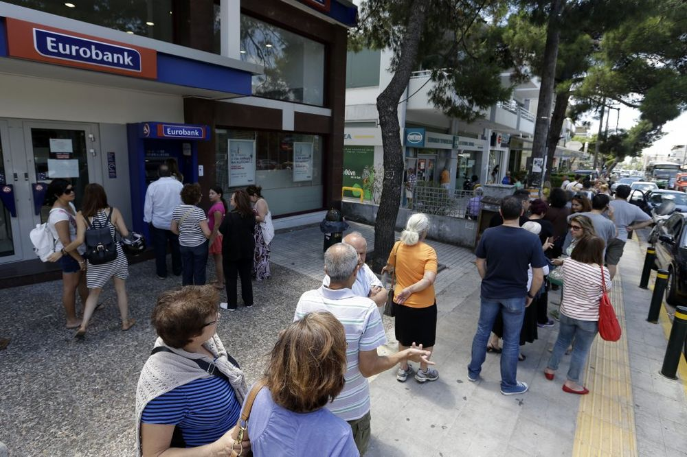 GRČKA DANAS: Gazde isplaćuju radnike na ruke, banke i dalje zatvorene