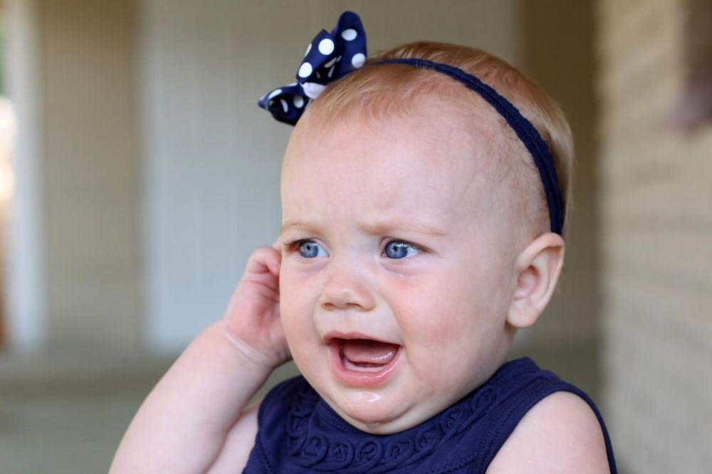 Letnje infekcije: Upala uha kod dece
