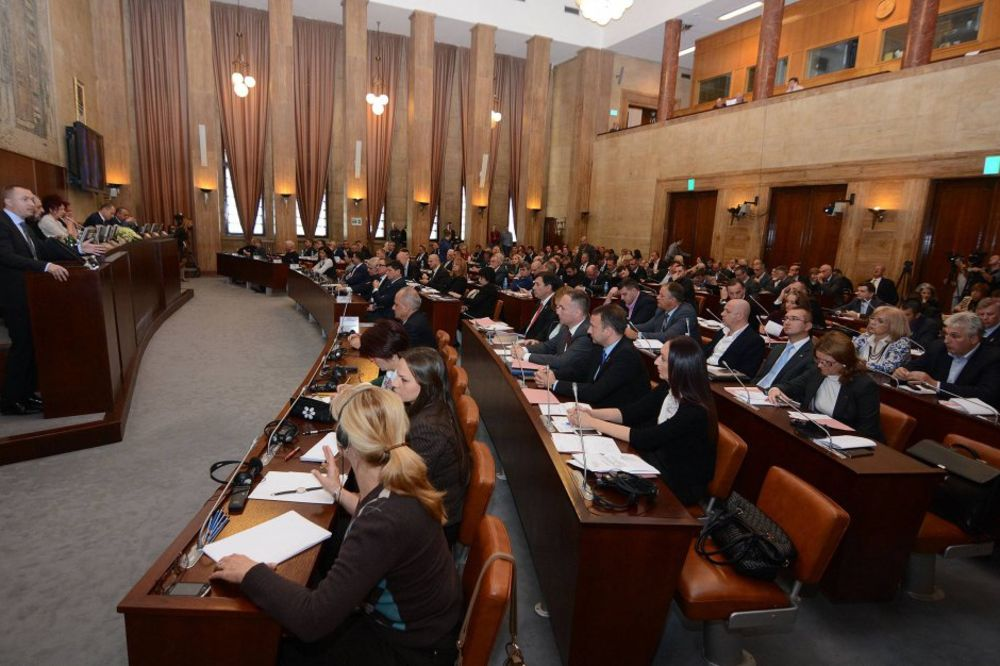 POKRAJINSKA VLADA: Usvojen Akcioni plan zapošljavanja u Vojvodini
