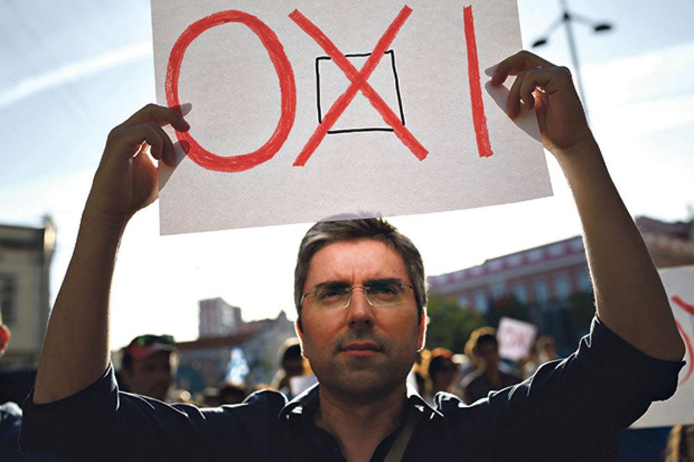 TEŽAK PAKET REFORMI: Oxi košta Grčku oko 12 milijardi evra