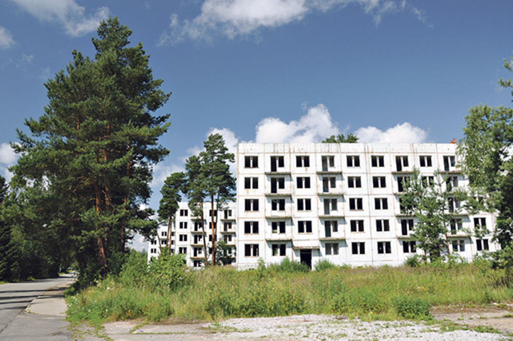 ČETVORO PALO U NIŠU: Prodajom stanova oštetili budžet za 46 miliona dinara!