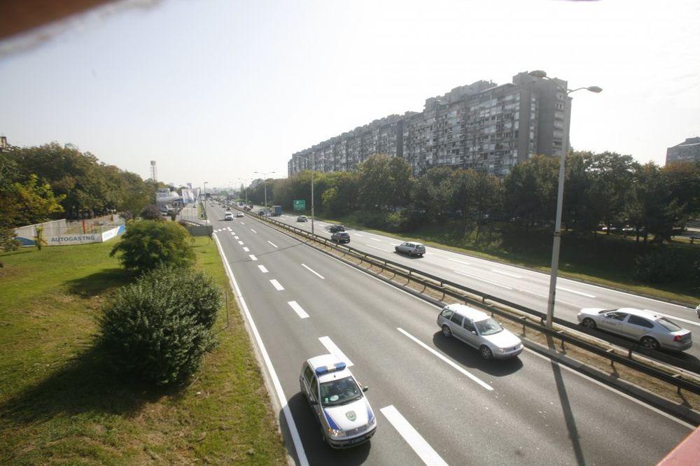 SREĆAN PUT: Povoljni uslovi za vožnju, oprez zbog MOTOCIKLISTA I BICIKLISTA