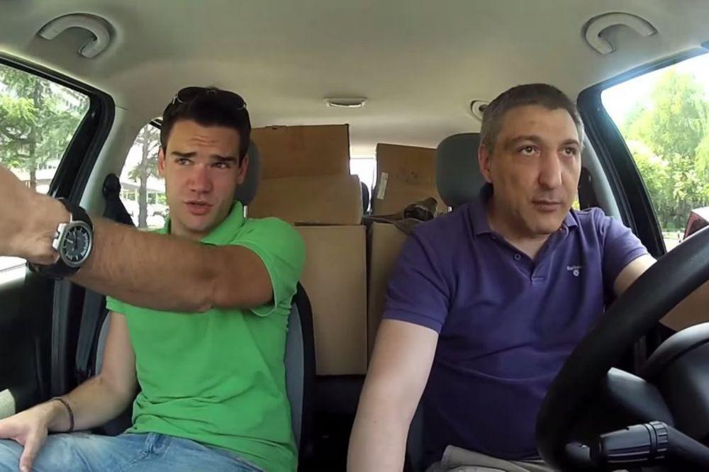 (VIDEO) BOJAN PERIĆ BEZ POJASA: Ljubim te brate, vozi malo lakše