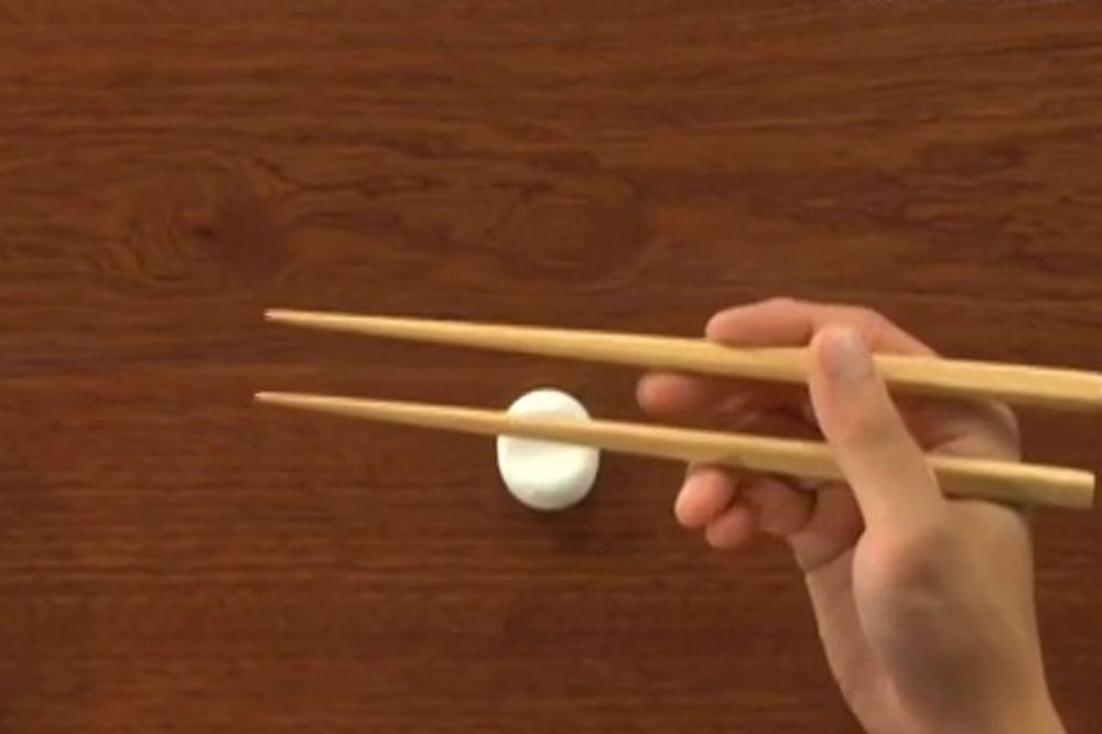 Evo zašto Kinezi jedu štapićima, oduševiće vas pravi razlog