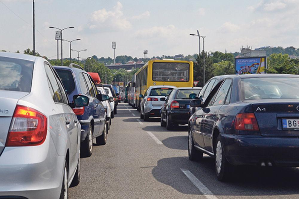 HAOS NA AUTO-PUTU: U Niš se brže stiže preko Mladenovca