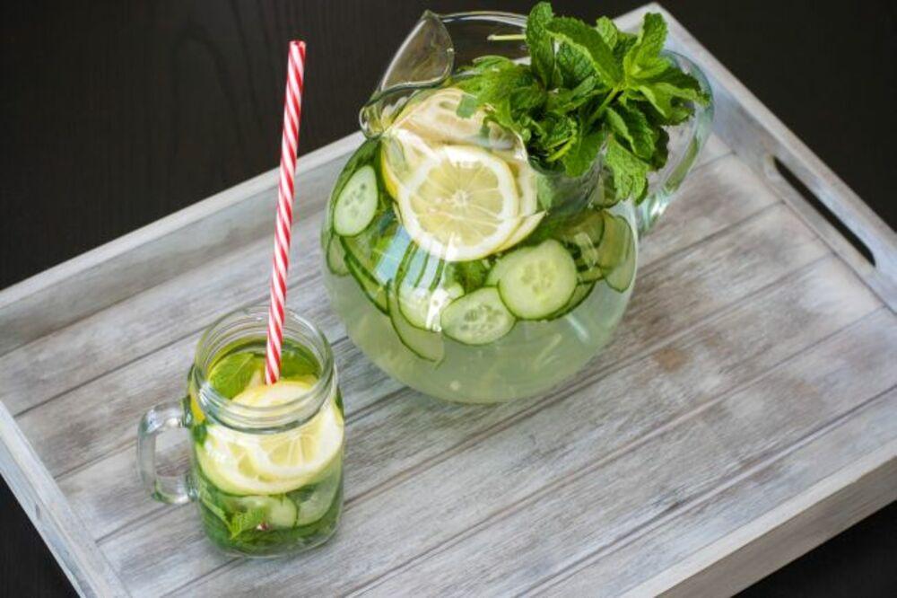 IZVOR ZDRAVLJA: 10 razloga zašto treba piti limunadu svaki dan