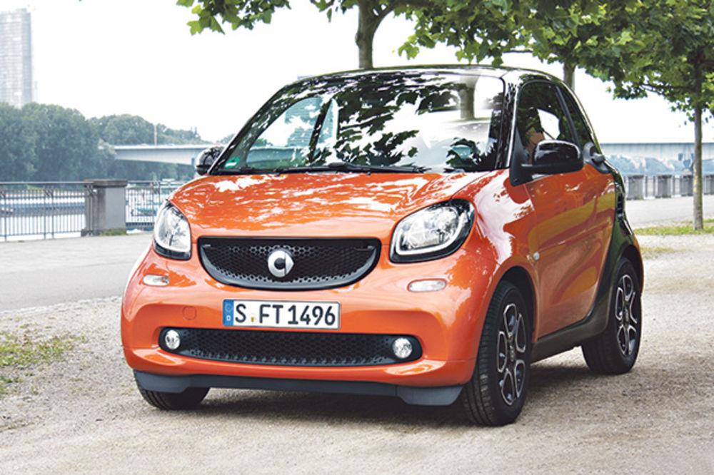 2,7 METARA SAVRŠENSTVA: Kurir u Nemačkoj na prezentaciji smarta turbo DCT!