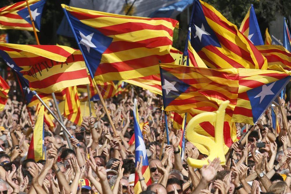 SPREMNI ZA OTCEPLJENJE: Katalonci će 27. septembra glasati za ili protiv nezavisnosti