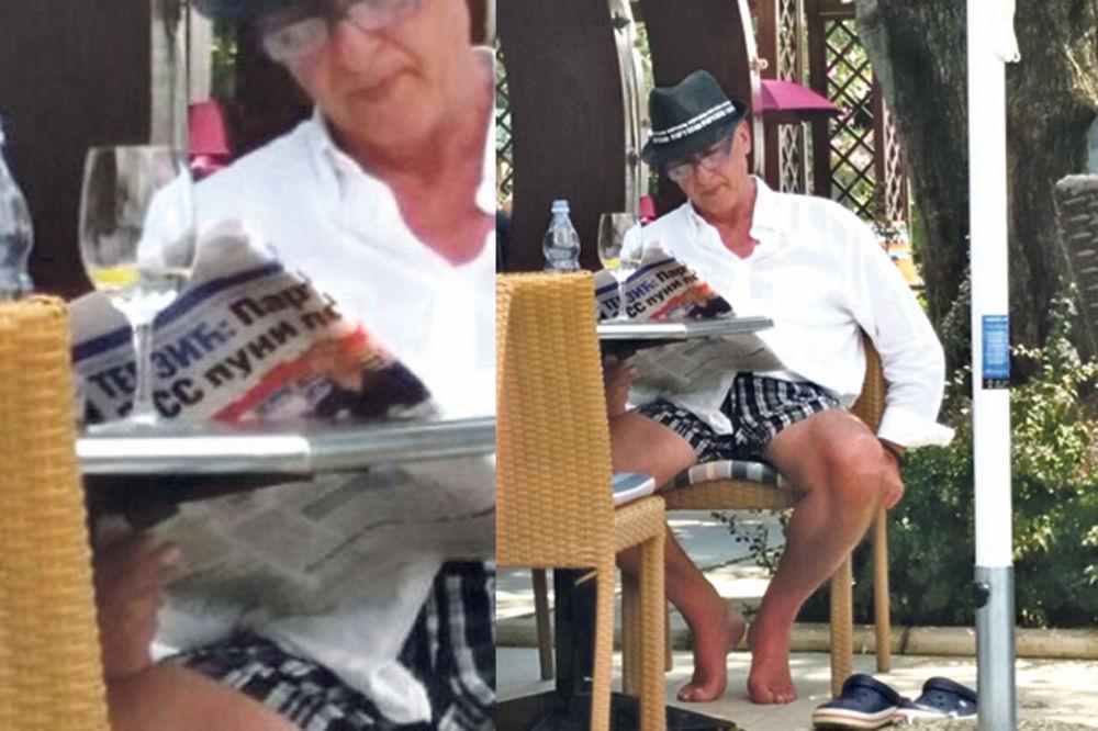 (FOTO) PARTIZANOV DIREKTOR U CRNOJ GORI: Todorić u papučama čitao o Terzi i Toletu!