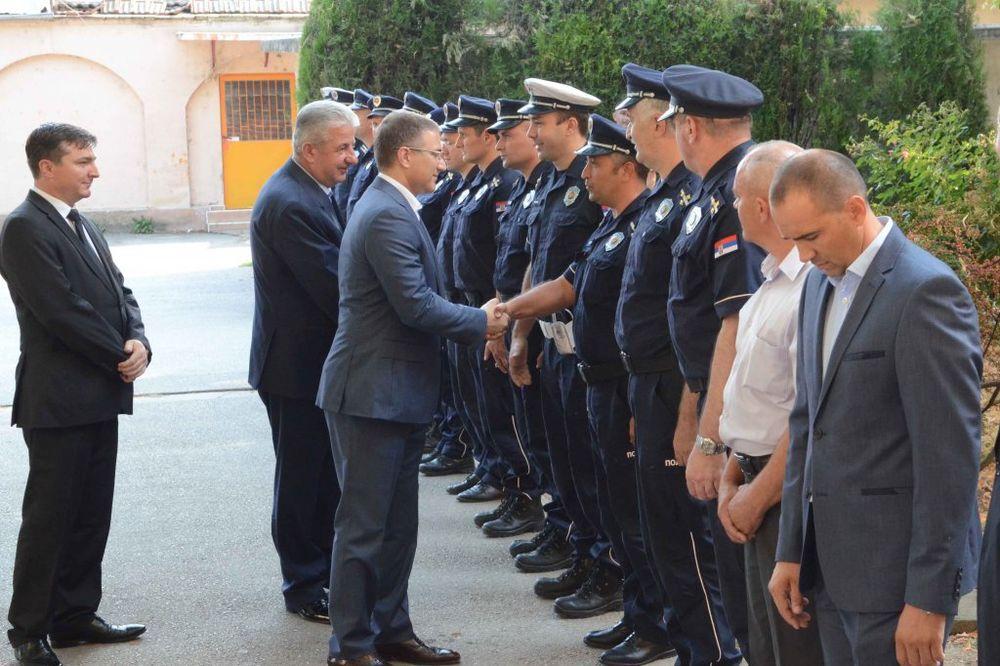 Stefanović obišao policijsku upravu u Požarevcu