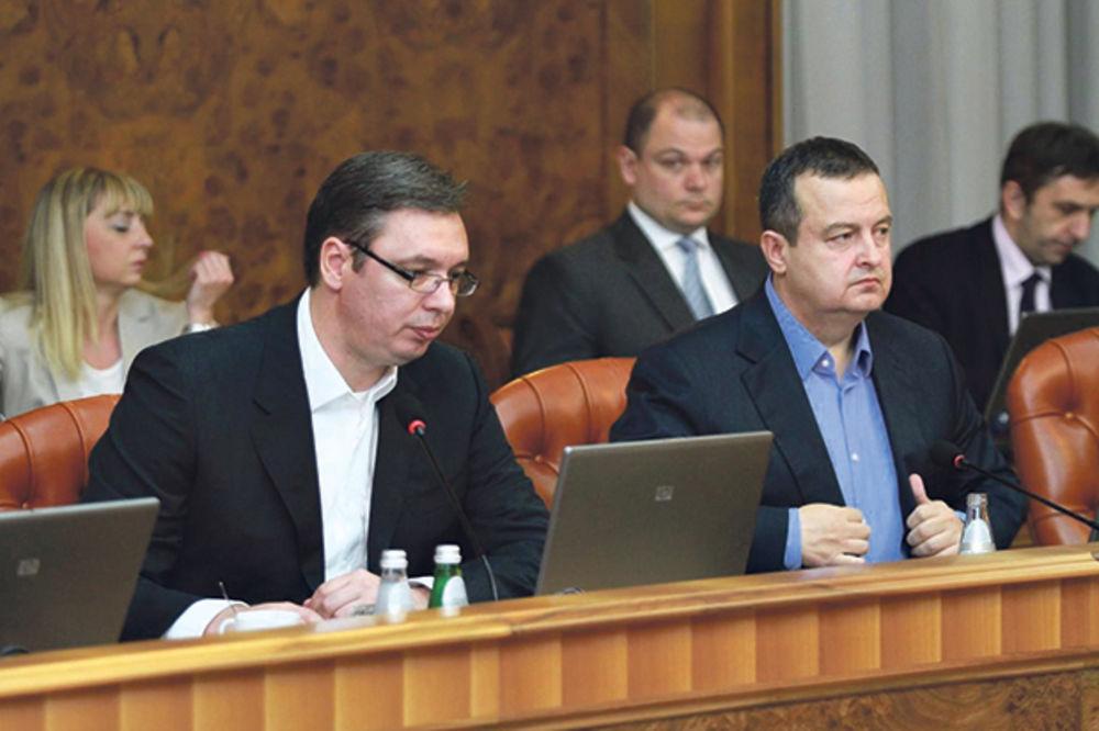 OTKRIVAMO: Premijer ribao ministre, Dačić terao MMF iz Srbije!