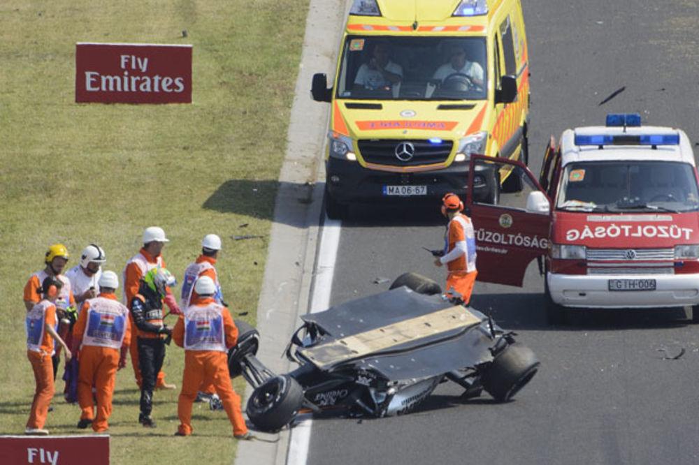 (VIDEO) STRAVIČAN UDES U F1: Perezov bolid leteo u paramparčad!
