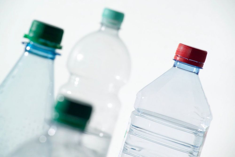 Flaša, plastika, voda, foto: Profimedia