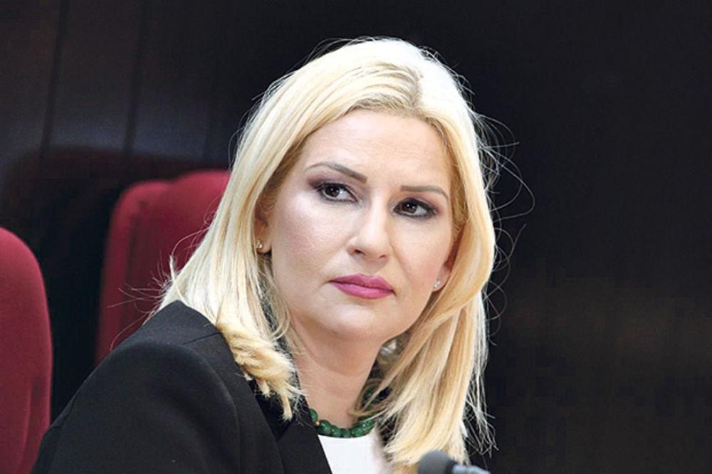 Zorana Mihajlović: Narod će nas prokleti ako ne bude auto-puta, a ne zbog hrasta