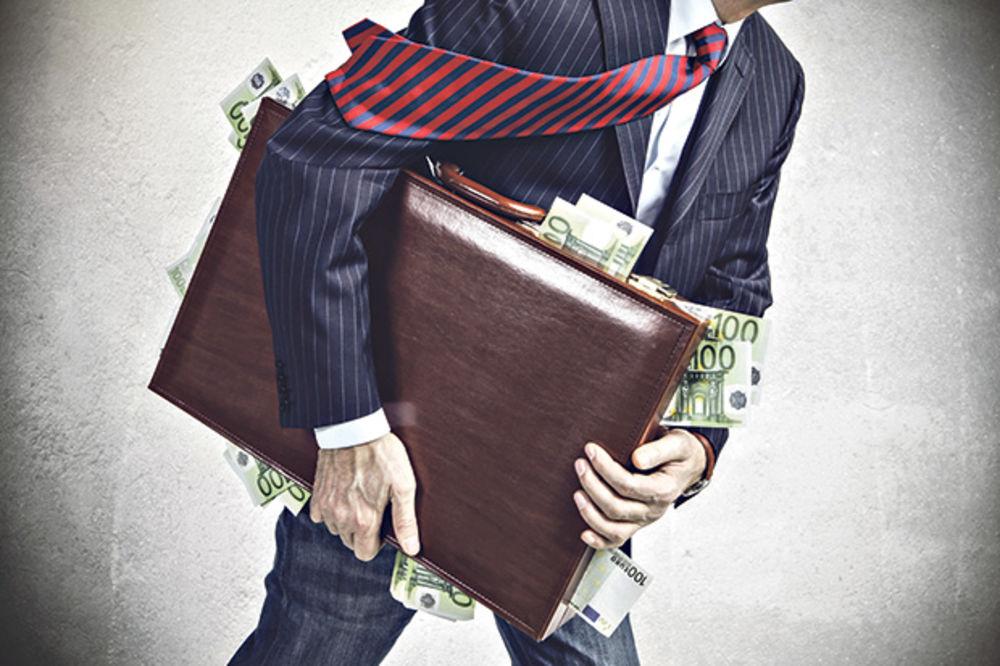 OPLJAČKANI DO GOLE KOŽE: Nelegalan odliv iz novca Srbije od 2004. do 2013. 40,8 milijardi dolara