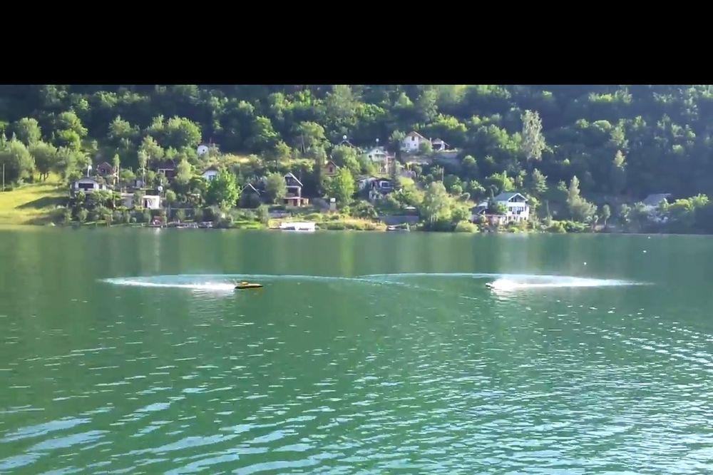 SKOČIO SA MOSTA I NIJE IZRONIO: Utopio se mladić (20) u Ribarićkom jezeru