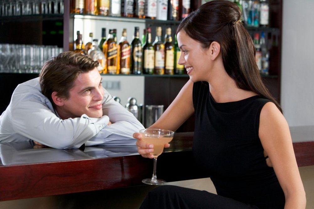 BISERI: Evo kako neki muškarci nagovaraju žene na seks