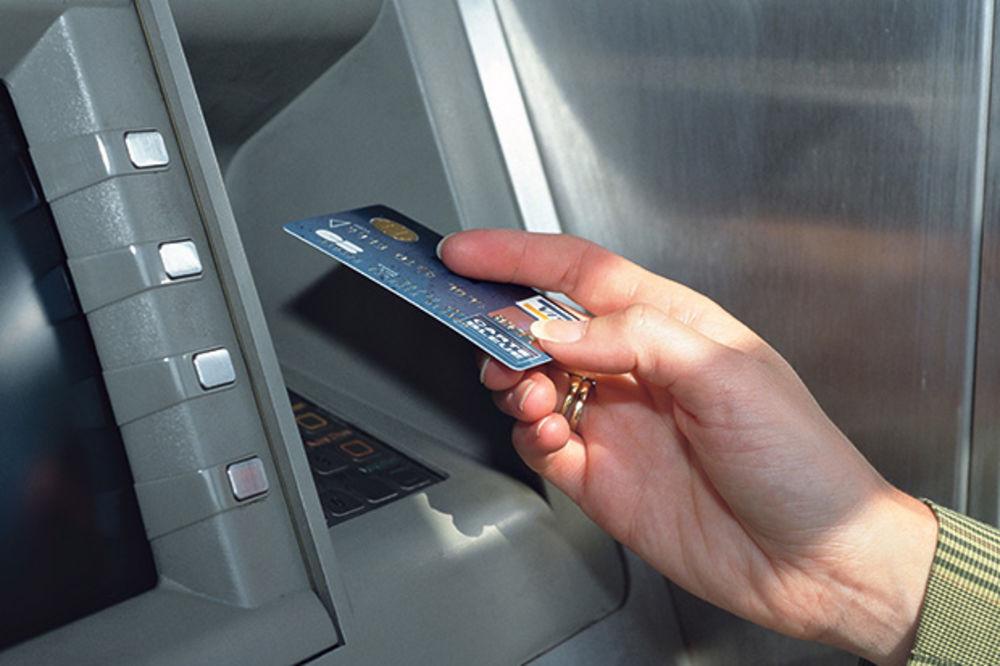 HAPŠENJE U KUČEVU: Mladić (29) preko bankomata ispraznio račune sugrađana