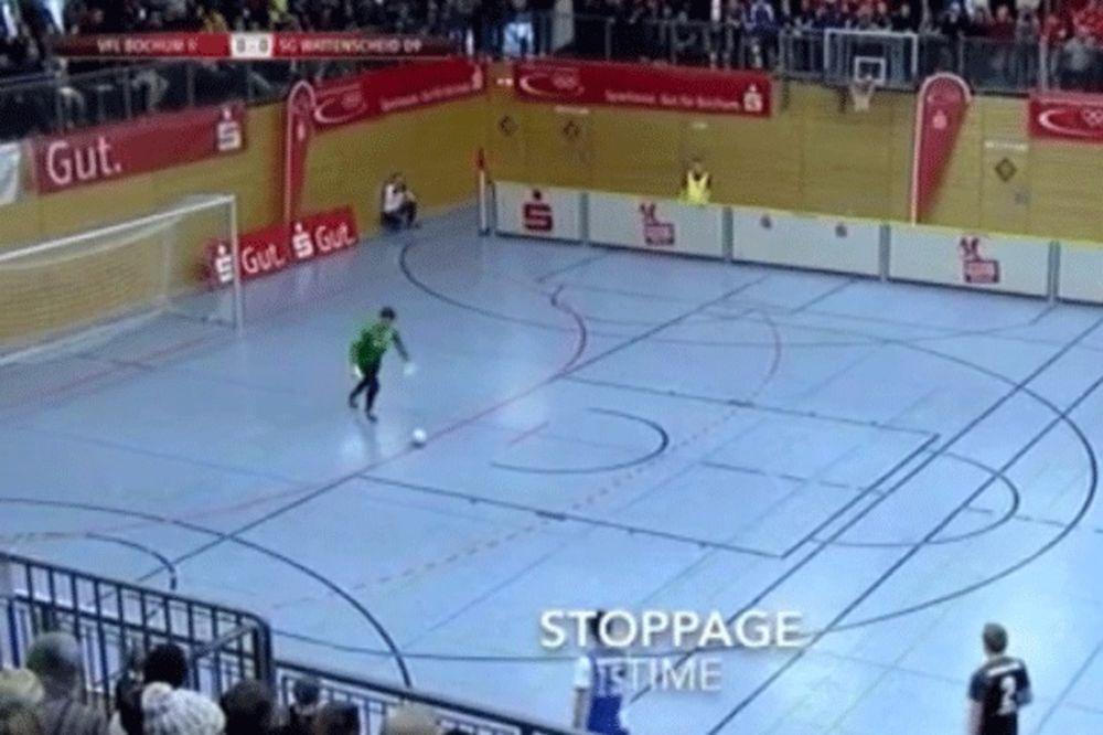 (VIDEO) SPEKTAKULARNO: Pogledajte neverovatnu golčinu nemačkog golmana